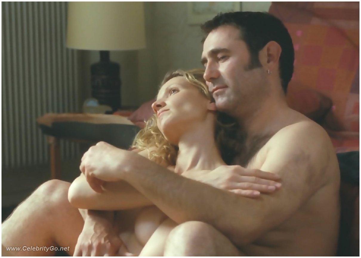 Alexandra Lamy Nude Pictures