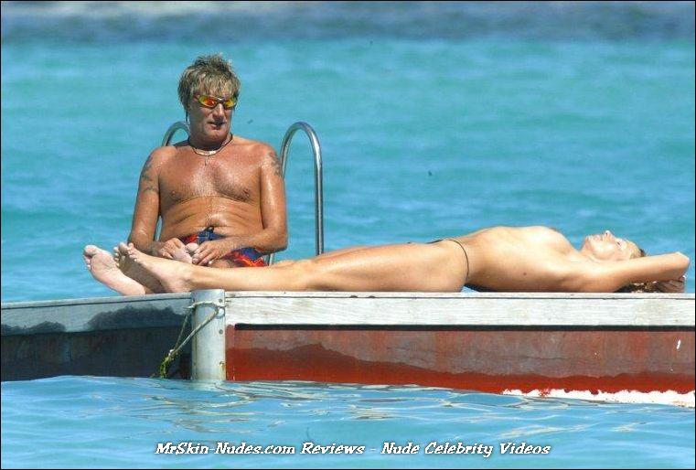 Ashley Leggat Nude Pic