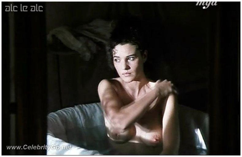 monica bellucci nude movie clips № 79439